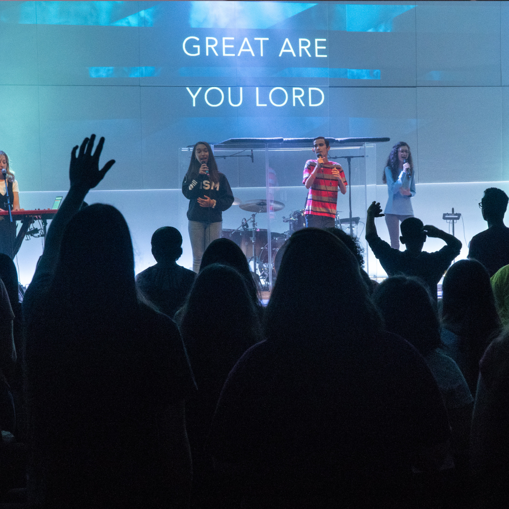High School students worshipping God